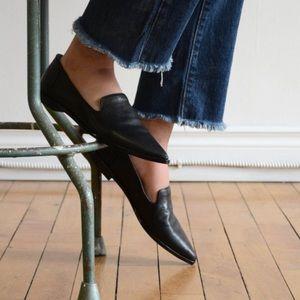 Frye Kenzie Venetian Loafers Black